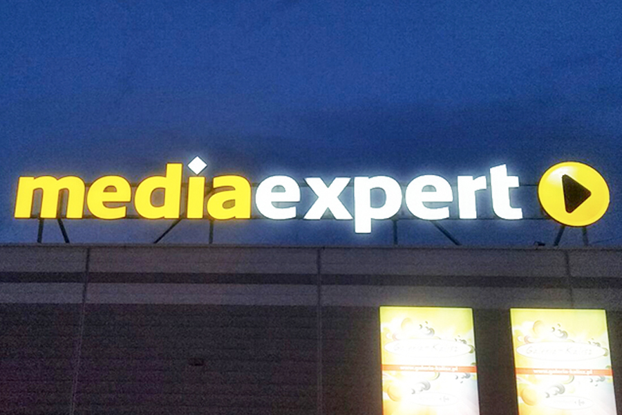 Oznakowanie zewnętrzne – Media Expert Galeria Kalisz