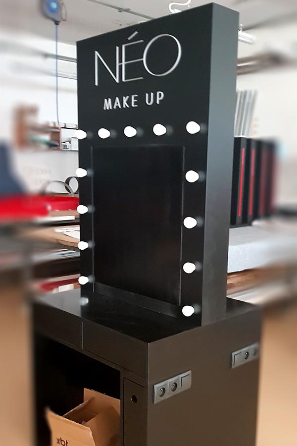 Stanowisko do makeup – NeoMakeup