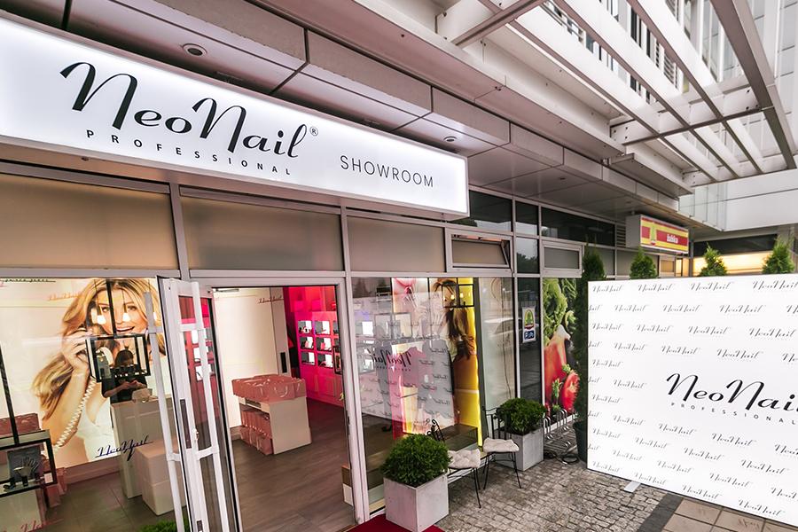 Stoisko sklepowe/Showroom – NeoNail Poznań