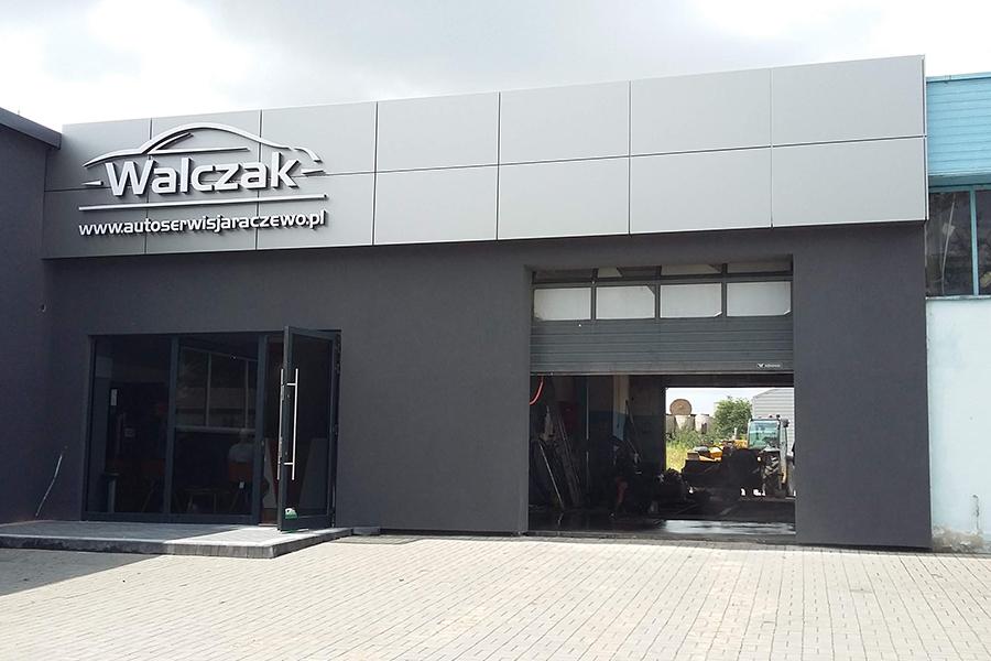 Litery przestrzenne / panele elewacyjne  – Autoserwis Walczak, Jarocin